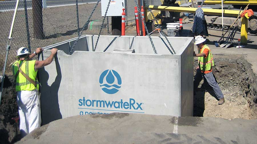 A StormwateRx Clara® filter being installed by a contruction crew.